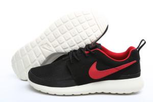Nike-Roshe-Run-londonskaja-versija-3