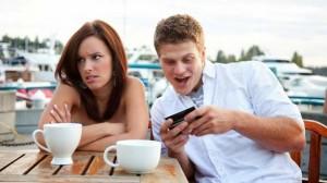1458330419_zavisimost-ot-smartfona